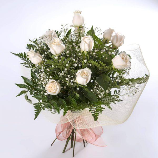 Ramo de 12 rosas blancas